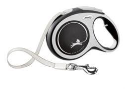 Поводок-рулетка для собак Flexi New Comfort S ленточный до 15кг, 5м, черная